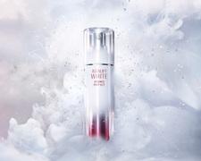 【2020年春夏の美白&UV対策はコレ!第一弾】シミの元へ。ナノの浸透力。世界最小クラスナノ成分配合の美白美容液