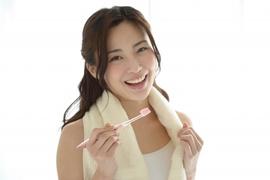 【先行発売中!】マイナスイオンとラバーソフト毛でツルツル美白☆美白用歯ブラシionic beauty取扱い店舗