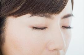 【まつ毛】日本人女性のまつげは平均約6.8mm! まつ毛の長さをキープする方法とは