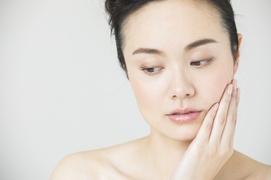 肌はどうして乾燥するの?肌が乾燥する原因と正しい対策