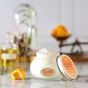 【新登場】ベスコス受賞の『フェイスポリッシャー』に、心高まるスイートオレンジの香りが限定で登場!10/1(金)発売。