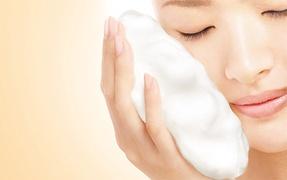 【毛穴ケアには泡洗顔!】ツール別・泡立ち検証!洗顔石鹸の話