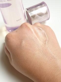 化粧水 の画像