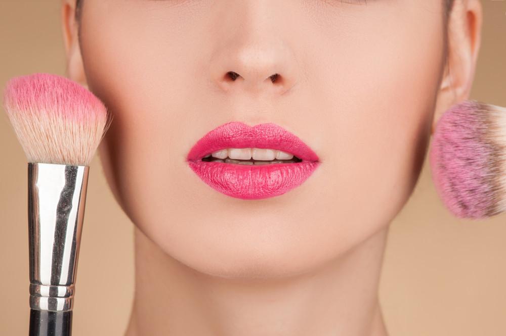 【関東エリア: 7/23(月) 10~18時】外資系人気ブランド『Dior』『 ジバンシィ』『ゲラン』等の美容部員になるための就業エントリー&個別面談対策講座開催♪