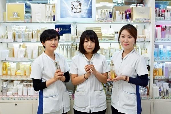 龍生堂薬局 ワセダ東店美容部員・化粧品販売員正社員の求人の写真