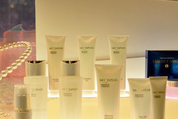 渋谷東急本店 ミキモトコスメティックスカウンター美容部員・化粧品販売員契約社員の求人のサービス・商品写真1