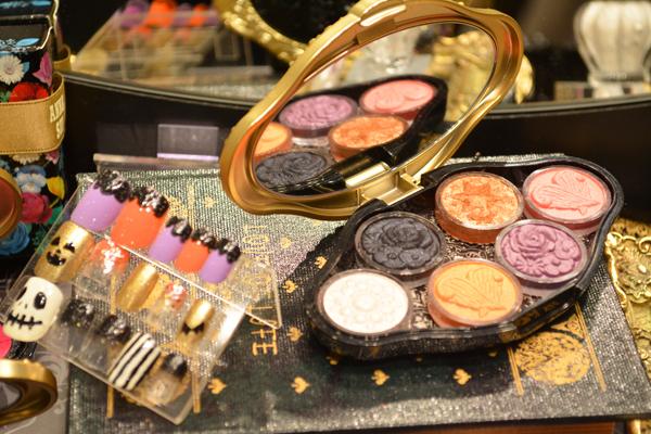 アナ スイ 東京エリアの百貨店・ファッションビル美容部員・化粧品販売員(ナビゲーター)契約社員の求人のサービス・商品写真2