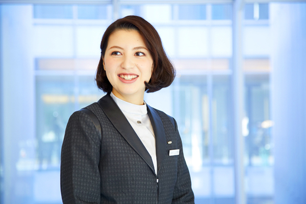 アルビオン 新宿・渋谷・青山・六本木エリアの有名百貨店・専門店美容部員・化粧品販売員(ビューティーアドバイザー)正社員の求人のスタッフ写真4