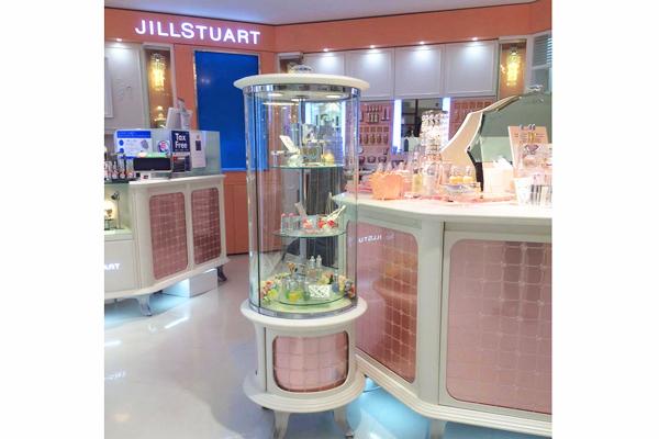 JILL STUART BEAUTY ルミネ池袋店美容部員・化粧品販売員アルバイト・パートの求人の店内写真7