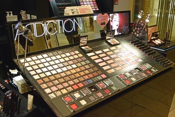 ADDICTION  ルミネエスト新宿店美容部員・化粧品販売員アルバイト・パートの求人のサービス・商品写真3