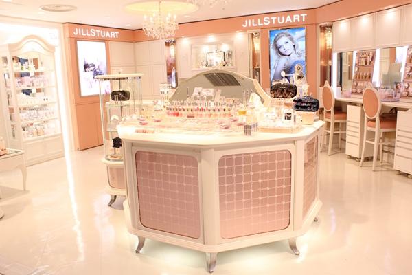 JILL STUART BEAUTY ルミネ池袋店美容部員・化粧品販売員アルバイト・パートの求人の写真