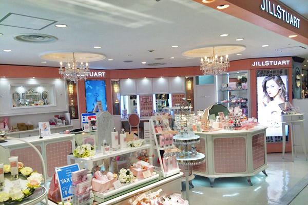 JILL STUART BEAUTY ルミネ池袋店美容部員・化粧品販売員アルバイト・パートの求人の店内写真2