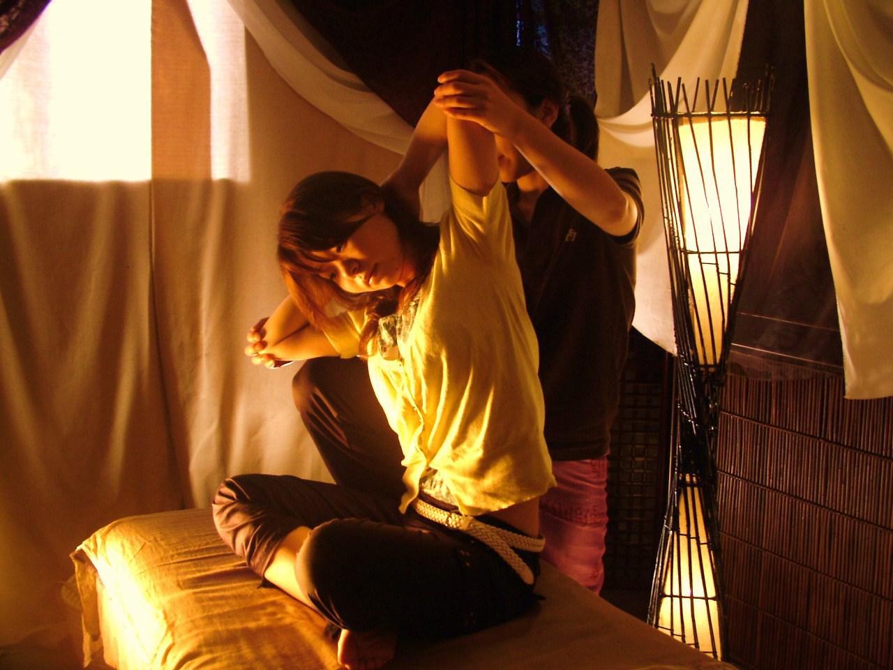 関西初出店!アロマセラピスト大募集♪日本リラクゼーション認定協会指定スクールの無料研修あり♪