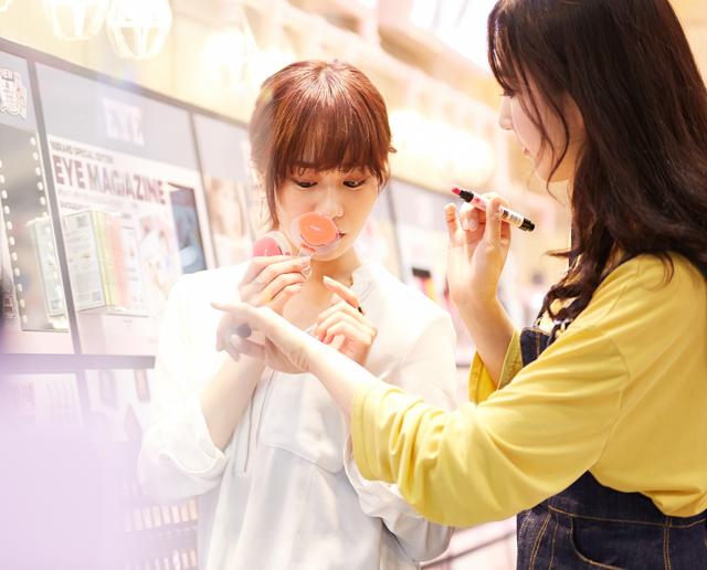 【銀座・丸の内】百貨店・専門店美容部員・BA(美容部員・化粧品販売員/ 全国エリア)派遣の求人の写真
