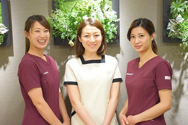 名古屋エリアメディカルカウンセラー・受付人材紹介の求人のスタッフ写真1