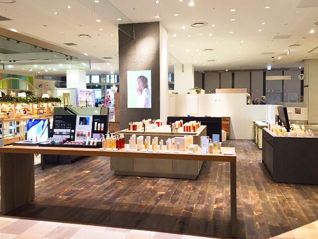 【名古屋エリア】百貨店・専門店などの商業施設美容部員・化粧品販売員(『shiro』ビューティアドバイザー)派遣の求人の写真