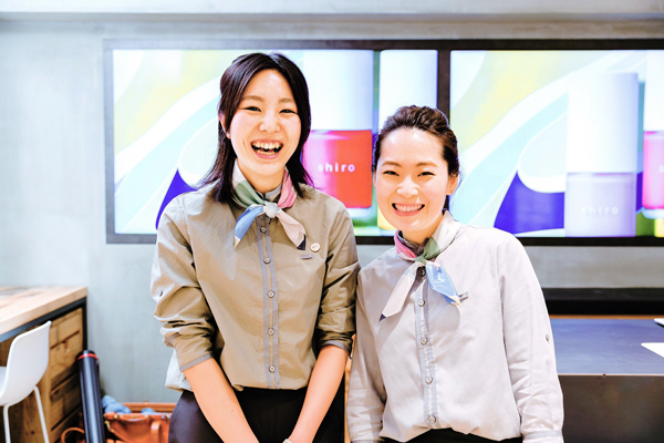 shiro + NEWoMAN新宿店美容部員・化粧品販売員(コスメティックブランド『shiro』のアドバイザー)正社員,アルバイト・パートの求人のスタッフ写真2