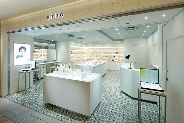 shiro ルミネエスト新宿店美容部員・化粧品販売員(コスメティックブランド『shiro』のアドバイザー)アルバイト・パートの求人の店内写真1