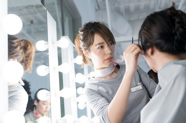 shiro ルミネエスト新宿店美容部員・化粧品販売員(コスメティックブランド『shiro』のアドバイザー)正社員の求人のスタッフ写真2