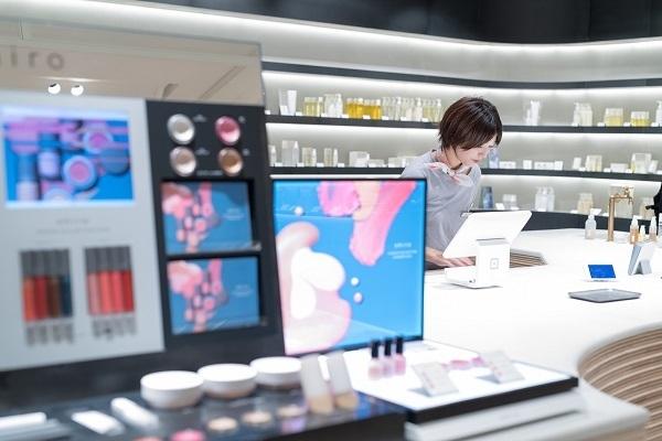 shiro ルミネエスト新宿店美容部員・化粧品販売員(コスメティックブランド『shiro』のアドバイザー)正社員の求人の店内写真2
