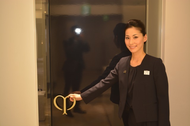 エスパス・クレ・ド・ポー ボーテ サロン(SHISEIDO THE GINZA)エステ・エステティシャン契約社員の求人のスタッフ写真3