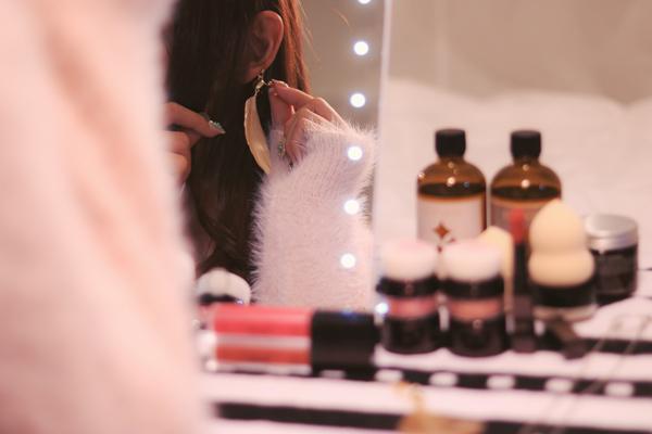 池袋エリアの百貨店・専門店・バラエティショップなど美容部員・化粧品販売員派遣の求人のサービス・商品写真3