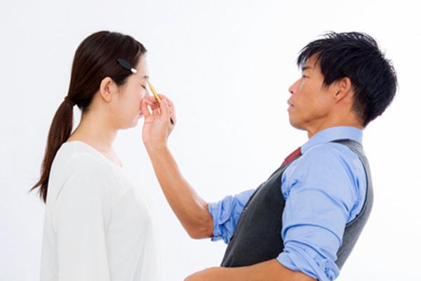 池袋エリアの百貨店・専門店・バラエティショップなど美容部員・化粧品販売員派遣の求人のスタッフ写真9
