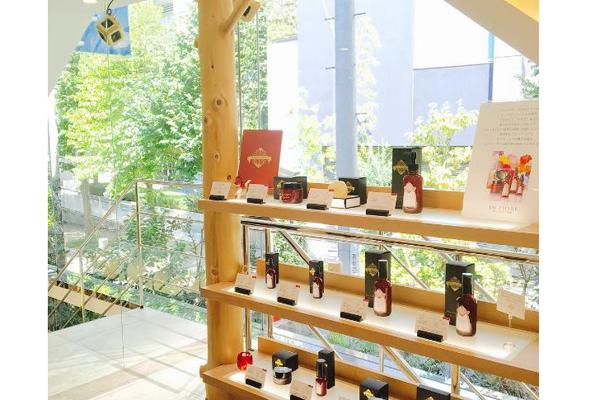 テラリウム 表参道美容部員・化粧品販売員(販売スタッフ)契約社員の求人の店内写真1