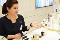 化粧品販売職の醍醐味とは?