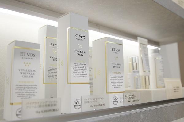 【NEW OPEN】東京都内(新宿・渋谷・青山・六本木他)のETVOS直営店美容部員・BA(ETVOSオープニングスタッフ(販売スタッフ))正社員の求人のサービス・商品写真1