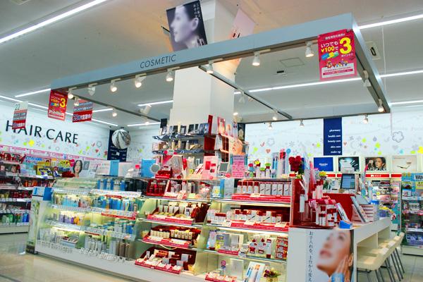 池田店美容部員・化粧品販売員正社員,契約社員,アルバイト・パートの求人の店内写真2