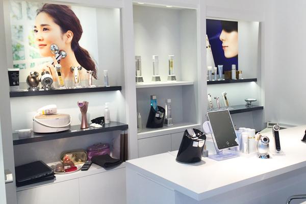 横浜エリア オンリーミネラル取り扱い店舗(バラエティショップなど)美容部員・化粧品販売員契約社員,アルバイト・パートの求人の店内写真2