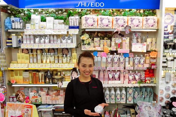 COSMEPAL ジュバンス美容部員・化粧品販売員正社員,アルバイト・パートの求人のスタッフ写真2
