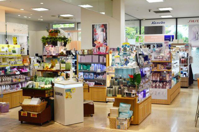 エルメ・ド・ボーテ 青葉台店美容部員・化粧品販売員正社員/アルバイト・パートの求人の店内写真1
