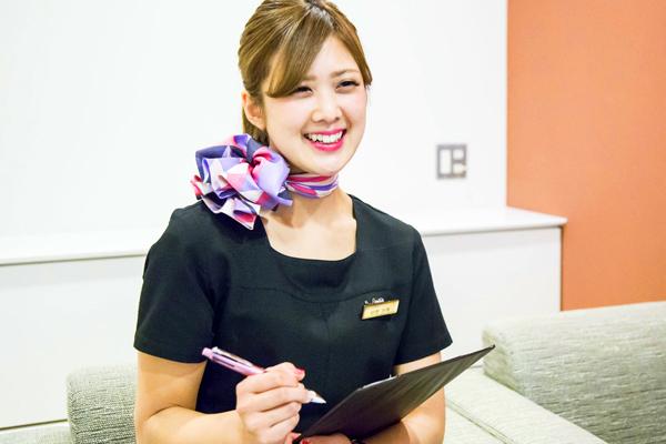 THE CLINIC 東京メディカルカウンセラー・受付(コンシェルジュ)正社員の求人のスタッフ写真1