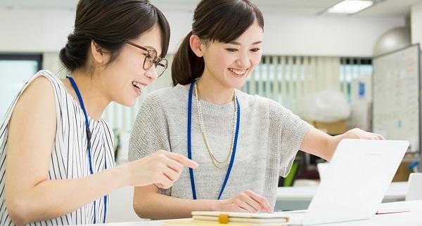 新宿エリア一般事務・アシスタント(接客経験を活かして事務職へ!PCスキルも実務で習得デキて安心)派遣の求人のスタッフ写真4