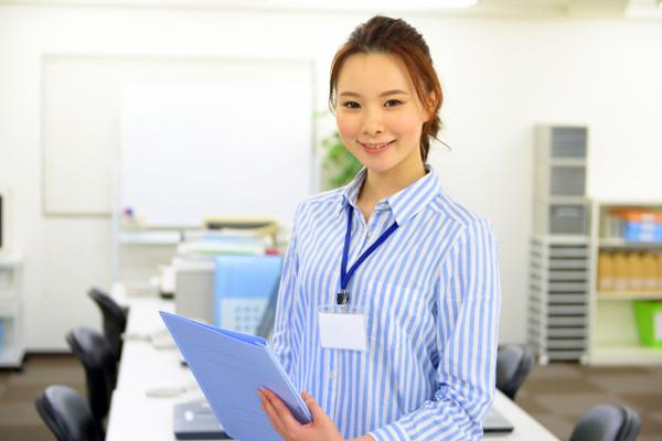 ジョンマスターオーガニック 新宿・渋谷エリア美容部員・化粧品販売員派遣の求人のスタッフ写真4