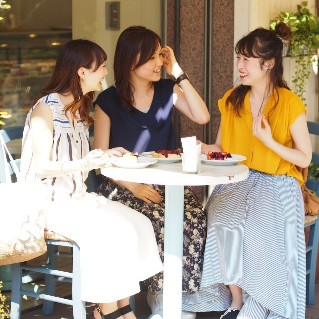 新宿・渋谷エリア 百貨店・商業施設美容部員・化粧品販売員正社員/派遣の求人のスタッフ写真1