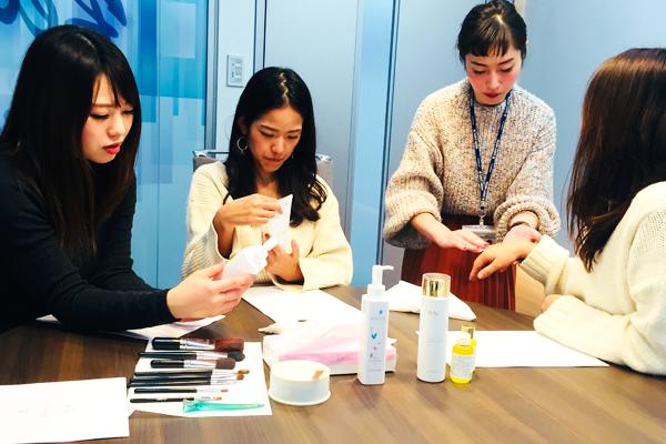 新宿・渋谷エリア 百貨店・商業施設美容部員・化粧品販売員正社員の求人のスタッフ写真4