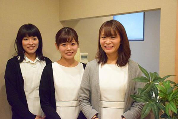 東京エリア 各クリニックメディカルカウンセラー・受付正社員の求人のスタッフ写真2