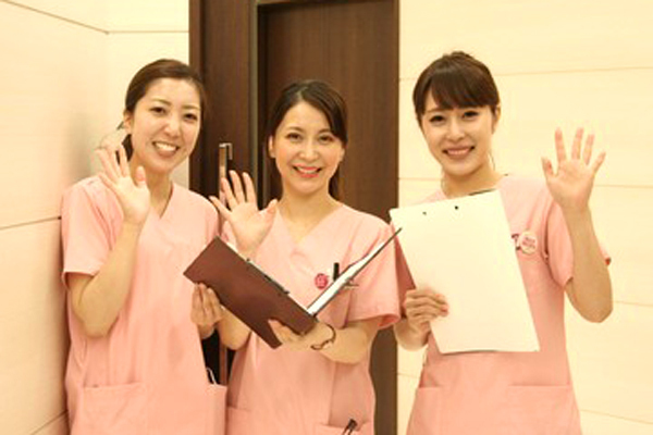 品川美容外科 品川院美容看護師正社員の求人のスタッフ写真1