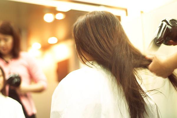 横浜エリア ヘアサロン美容師アルバイト・パートの求人のスタッフ写真1