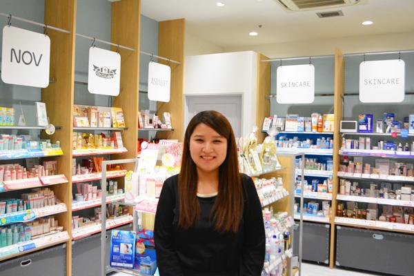 埼玉県エリア shop in美容部員・化粧品販売員契約社員の求人のスタッフ写真7