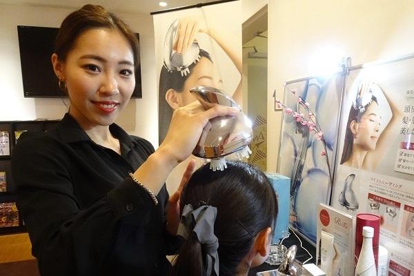 東京23区内のフィットネスクラブ等美容部員・化粧品販売員正社員の求人のスタッフ写真1