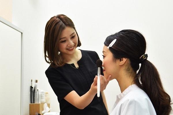 MAMEW 銀座トータルビューティー店美容部員・BA正社員,アルバイト・パートの求人のスタッフ写真3