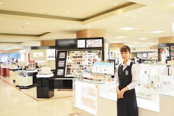 丸広百貨店 川越店美容部員・BA契約社員の求人の店内写真1