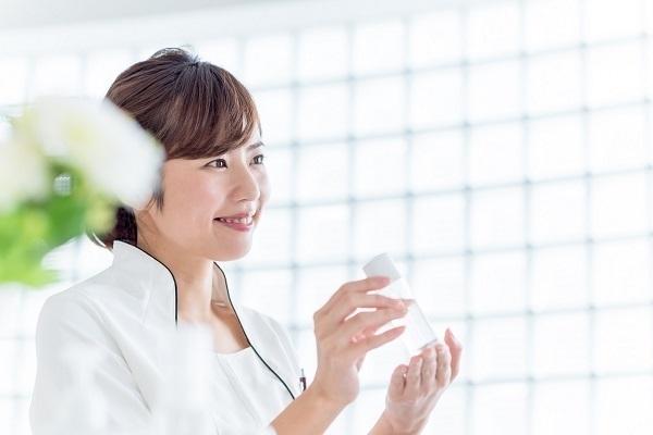 コスメデコルテ 東京エリア百貨店美容部員・BA契約社員の求人のその他写真1
