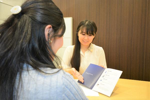 MTメタトロン西武所沢S.C.店美容部員・BA(美容部員)正社員の求人の写真