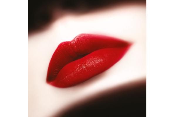 ジョルジオ アルマーニ ビューティー 伊勢丹新宿店美容部員・化粧品販売員(フェイスデザイナー)正社員,契約社員の求人のサービス・商品写真3