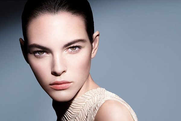 ジョルジオ アルマーニ ビューティー 伊勢丹新宿店美容部員・化粧品販売員(フェイスデザイナー)正社員,契約社員,アルバイト・パートの求人のその他写真3